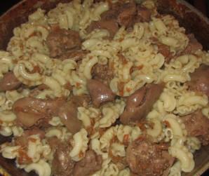 Печень с макаронами - фото шаг 5