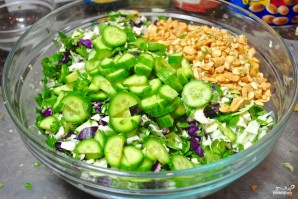 Салат с арахисом - фото шаг 3
