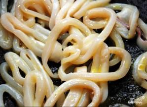 Вкусный салат из кальмара - фото шаг 1