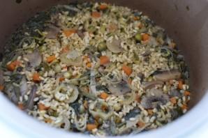 Рис с грибами, овощами и шпинатом - фото шаг 6