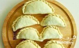 Жареные пирожки из слоеного теста - фото шаг 2