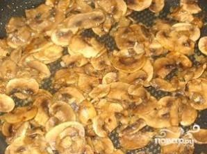 Жареная картошка с шампиньонами и луком - фото шаг 4