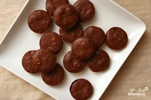 Шоколадные кексы с орехами - фото шаг 3