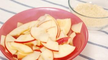 Яблоки и груши в слоеном тесте - фото шаг 2