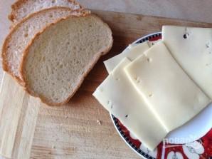 Гренки с сыром на завтрак - фото шаг 3