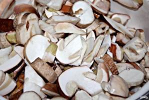 Суп с белыми грибами - фото шаг 1
