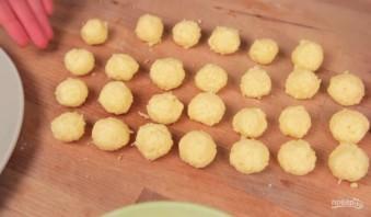 Сырные шарики (2 рецепта) - фото шаг 4