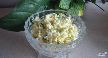 Салат из плавленых сырков - фото шаг 3