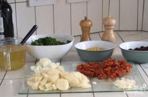 Суп с капустой и колбаской чоризо - фото шаг 1