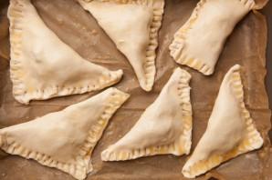 Пирожки в духовке сладкие - фото шаг 6