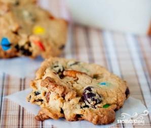 Печенье с изюмом, орехами и M&M's - фото шаг 4