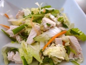 Салат с пекинской капустой и курицей - фото шаг 4