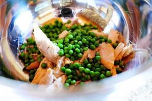 Куриный салат с лимоном и базиликом - фото шаг 2