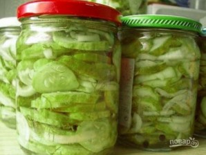 Салат на зиму из огурцов - фото шаг 4