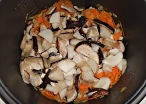 Суп из свежих белых грибов в мультиварке - фото шаг 5