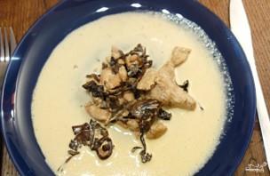 Индейка с грибами в сливочном соусе - фото шаг 4