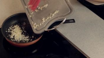Говядина с картошкой в казане - фото шаг 5
