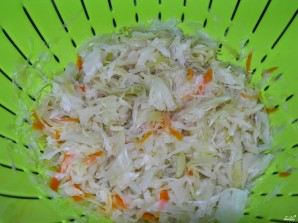 Щи из маринованной капусты  - фото шаг 3