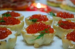 Тарталетки с икрой и творожным сыром - фото шаг 2