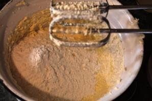 Творожные маффины со смородиной - фото шаг 3
