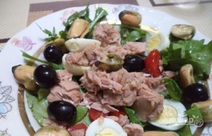 Свежий салат с тунцом - фото шаг 6