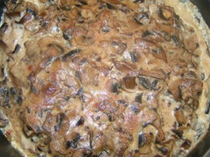 Курица с грибами на сковороде - фото шаг 4