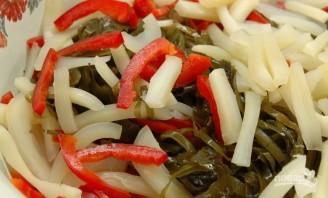 Морской салат с кальмарами - фото шаг 2