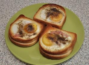 Бутерброды в духовке с яйцом - фото шаг 8