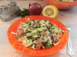 Салат из селедки с пекинской капустой - фото шаг 5
