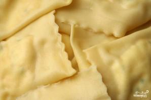 Равиоли с креветками и рикоттой - фото шаг 3