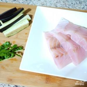 Белая рыба в сливочном соусе с анчоусами - фото шаг 1
