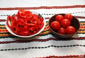 Скумбрия, запеченная с овощами - фото шаг 4