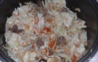 Тушеная капуста со свининой в мультиварке - фото шаг 3