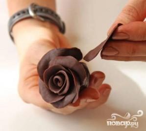 Шоколадные розы - фото шаг 6