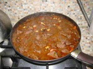 Мягкая говядина на сковороде - фото шаг 11