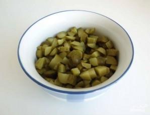 Салат из консервированной скумбрии - фото шаг 3