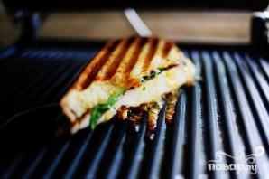 Горячие бутерброды с курицей и абрикосовым соусом - фото шаг 14