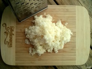 Оладьи из кабачков с сыром и чесноком - фото шаг 2