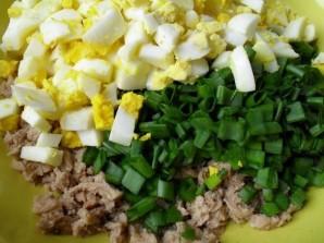 Тарталетки с печенью трески и яйцом - фото шаг 5