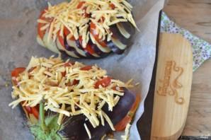 Баклажан, запеченный веером в духовке - фото шаг 5