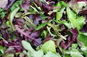 Летний салат с заправкой из пармезана - фото шаг 4