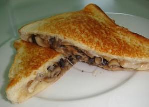 Тосты с сыром и грибами - фото шаг 7