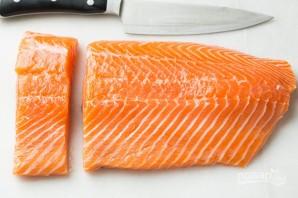 Красная рыба в фольге с лимоном - фото шаг 1