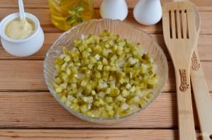 "Слоеный салат ""Пчёлкин"" - фото шаг 9"
