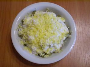 Салат с печенью куриной слоеный - фото шаг 10