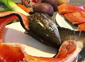 Сливочный суп с лососем - фото шаг 1