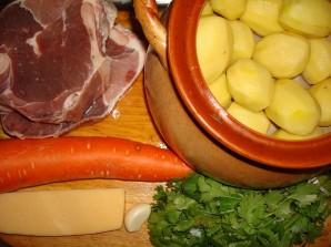 Баранина в горшочках с картошкой - фото шаг 1