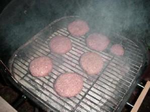 Гигантский швейцарский бургер с грибами - фото шаг 18