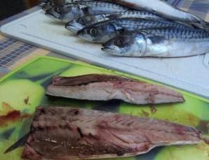 Рыба, запеченная на костре - фото шаг 1