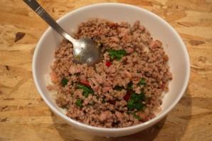 Салат с фаршем мясным - фото шаг 7